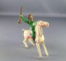 cyrnos___far_west___cow_boys_cavalier_fusil_draisse_chapeau_releve_cheval_jambe_avant_raidies_1