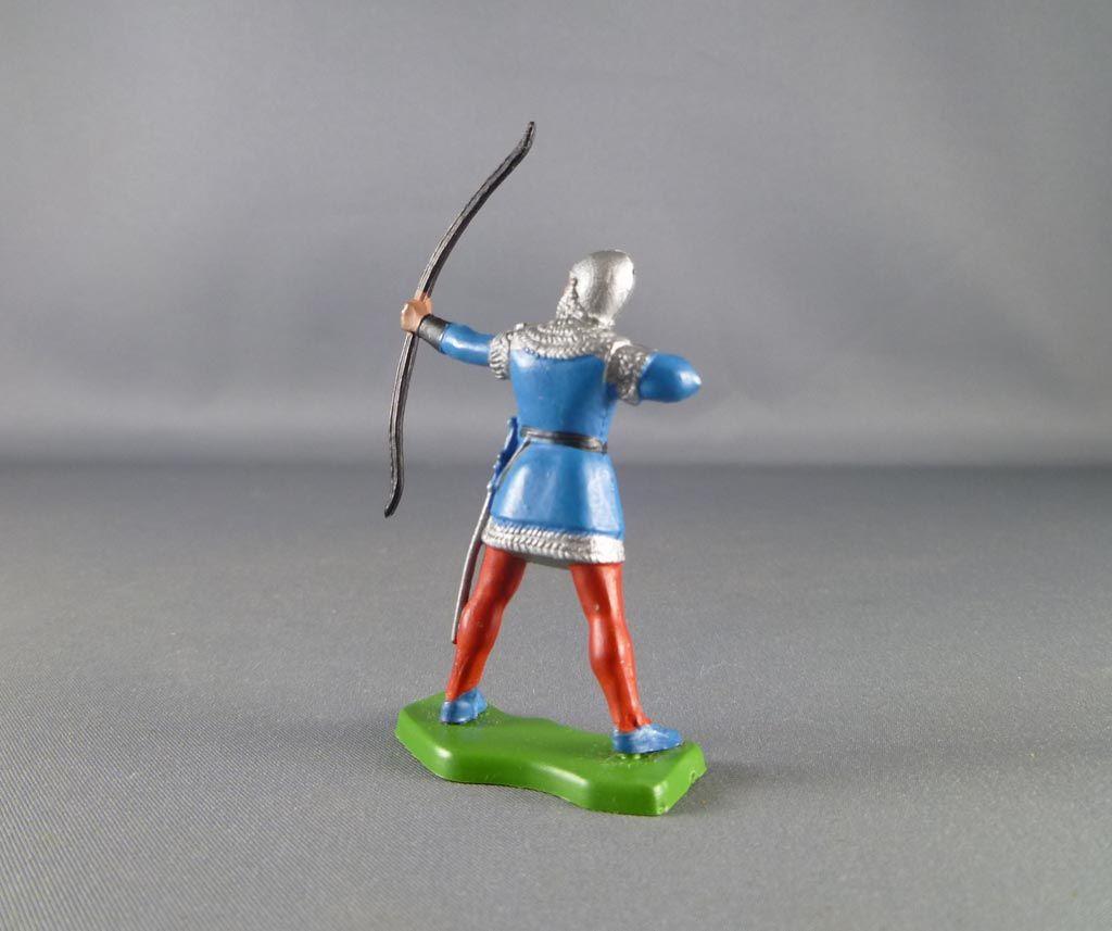 britains_herald___moyen_age___pieton_archer_debout_bleu_2