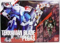 teknoman___bandai_soul_of_chogokin_xs_12___tekkaman_blade_with_pegas