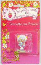 charlotte_aux_fraises___miniatures___angelique_au_telephone