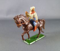 starlux___cow_boys___serie_61_ordinaire___cavalier_lasso_creme__bleu_cheval_brun_trot_ref_412_1