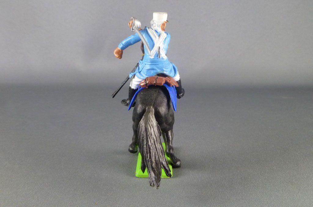 britains_deetail_legion_etrangere_francaise_cavalier_regardant_a_droite_sabre_sur_l_epaule_cheval_cabre_noir_3