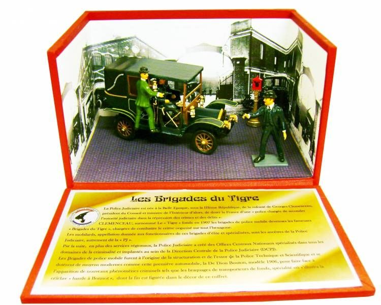 \'\'The Brigades of the Tiger\'\', De Dion Bouton 1906 (hooded) Display Box - C.B.G. Mignot