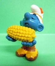 20197 Indian Smurf with corn