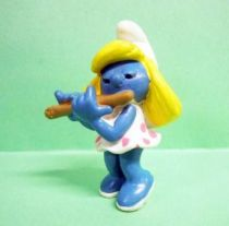 20204 Smurfette with traverse flute