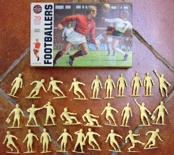 Airfix 1/32 Fooballers 1975 French box