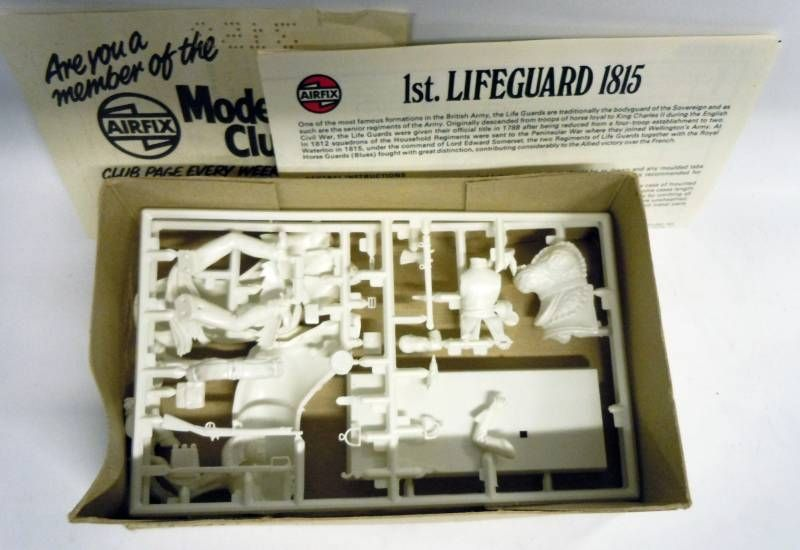 Airfix 32° Waterloo Life Guard 1815 Collector Series (Model Kit) Series 2