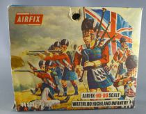 Airfix 72°  Waterloo British Highland Infantry S35 Loose in type2 Box