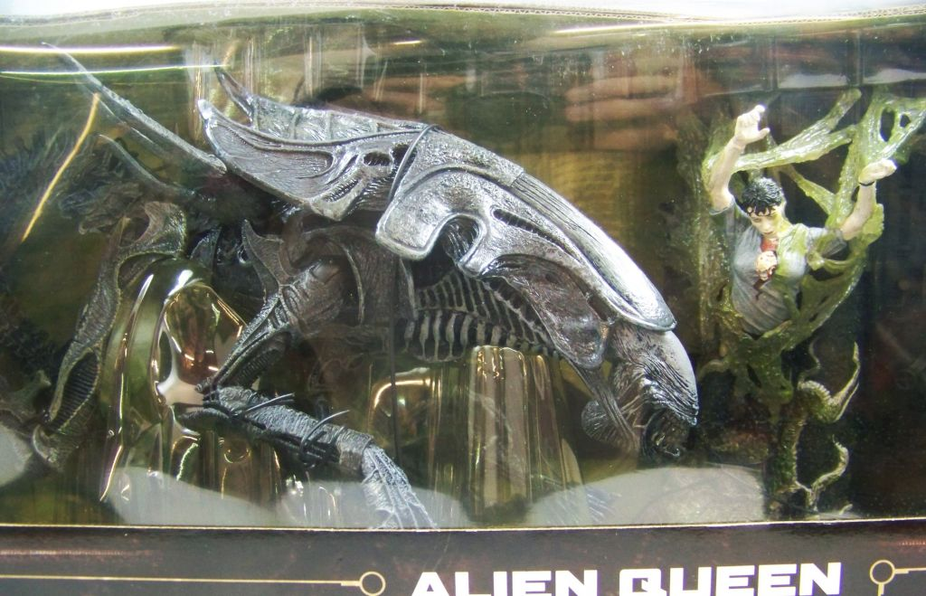 aliens___mcfarlane_toys_movie_maniacs_6___alien_queen_02