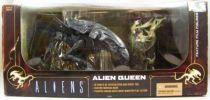 aliens___mcfarlane_toys_movie_maniacs_6___alien_queen_01