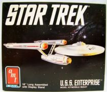 AMT Ertl - Star Trek U.S.S. Enterprise 01