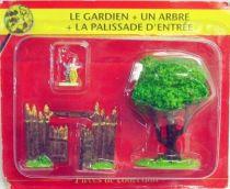 Asterix - ATLAS Editions - Gaul\'s village - #13 : Guard + tree + main door