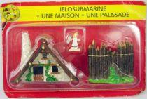 Asterix - Editions ATLAS - Le Village - n�33  Ielosubmarine + une maison + une palissade
