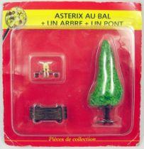 Asterix - Editions ATLAS - Le Village - n°42  Asterix au bal + un arbre + un pont