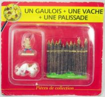 Asterix - Editions ATLAS - Le Village - n°31  Un gaulois + une vache + une palissade