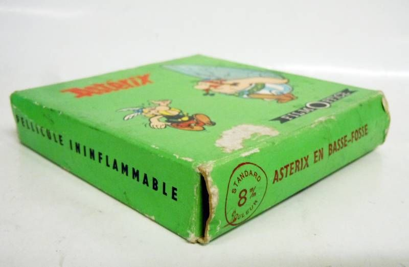 Asterix - Film Office Movie Super 8 - Asterix in bottom