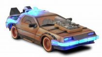 Back to the Future Part.III - Diamond Select Toys Delorean 1/15 Scale Time Machine (Light & Sound Effects)