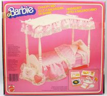Barbie\'s Canopy Bed - Mattel 1982 (ref.5641)