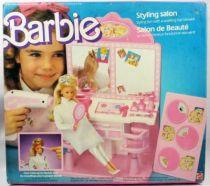 Barbie\'s Styling salon - Mattel 1987 (ref.3873)