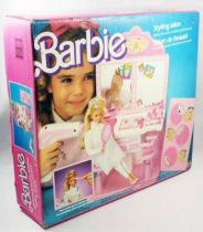 Barbie\'s Styling salon - Mattel 1987 (ref.3873)