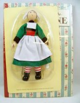 "Bécassine - Gautier-Languereau Hachette - 8\'\' Bendable Doll (Porcelain & Fabrics) with Book ""Becassine\'s Childhood\"""