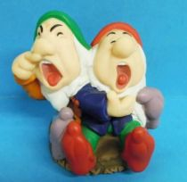 Blanche Neige - Figurine plastique - Nains Atchoum & Dormeur
