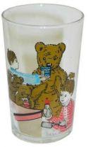 Bonne Nuit les Petits - Amora Mustard Glass - Nounours, Nicola and Pimprenelle prepare the feeding-bottle