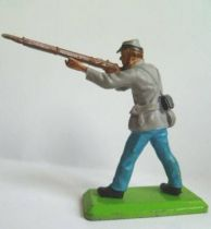 Britains Deetail - Confederate - Footed firing rifle standing