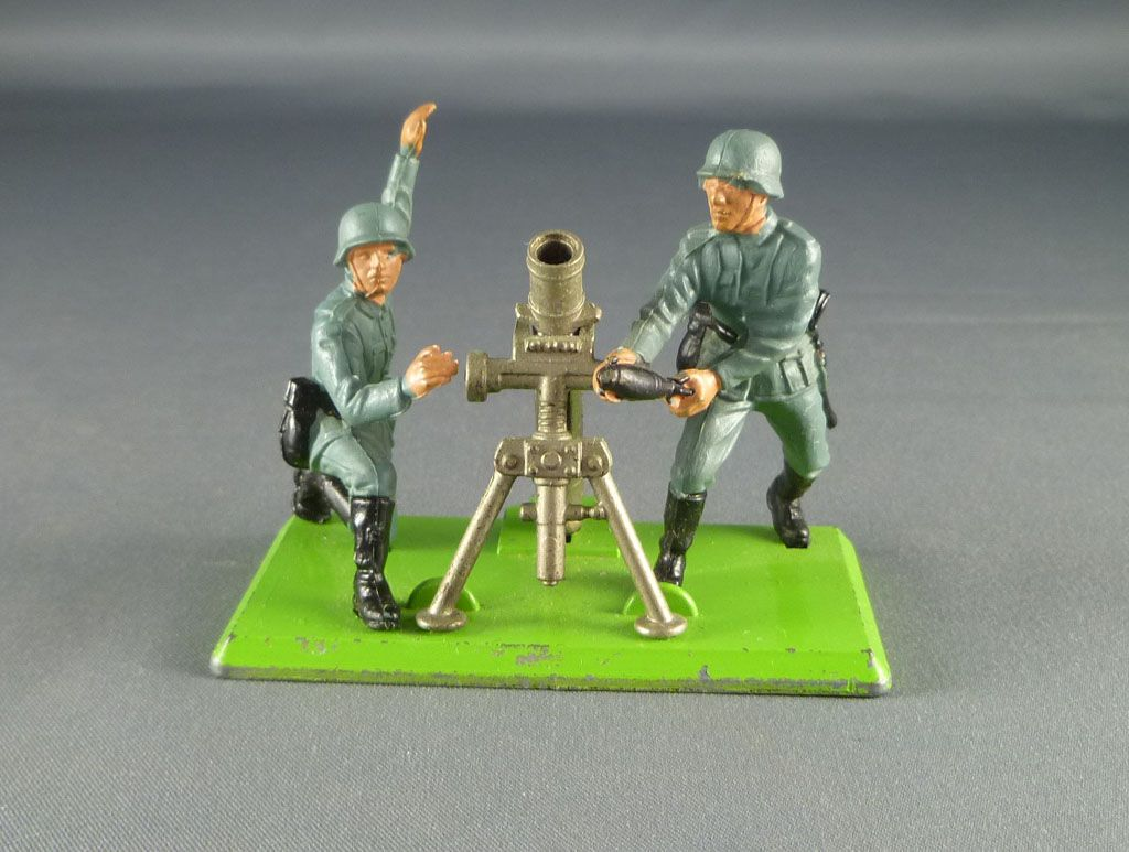 britains_deetail_allemand_1ere_serie_mortier___servants_ref_7333_2