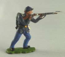 Britains Herald - Federate - Footed Firing rifle standing