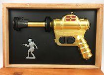 Buck Rogers (in the 25th Century) - Disintegrator Pistol Replica (Day2Day Trading)