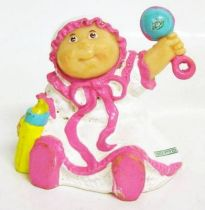 Cabbage Patch Kids - PVC Figure 1984 - Baby girl with bottle and rattle