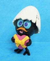 Calimero - Plastoy PVC Figure - Calimero has a gift for Priscilla