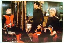 Captain Scarlet - Bloomsberry Books Postal Card - Captain Scarlet captured by two bad guys