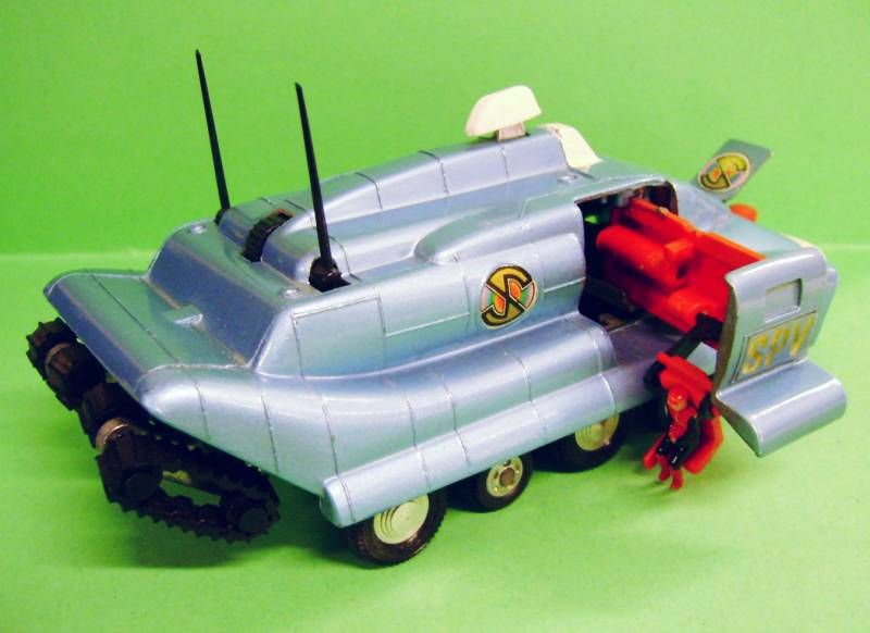 Captain Scarlet - Meccano Dinky Toys Ref. 104 - SPV (Spectrum Pursuit Vehicule)