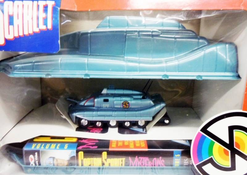 Captain Scarlet - PolyGram Video - Captain Scarlet Video Vol.5 + Die-cast Spectrum Pursuit Vehicle Toy (SPV) Gift Set