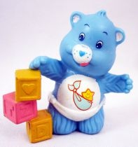 Care Bears - Kenner - Miniature - Baby Tugs Bear playing with building blocksl (loose)