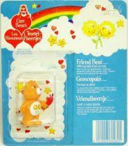 Care Bears - Kenner - Miniature - Friend Bear offering half of an ice lolly (square card)