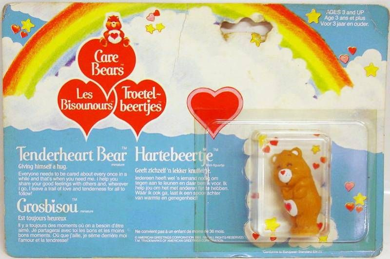 Care Bears - Kenner - Miniature - Tenderheart Beat giving himself a hug (large card)