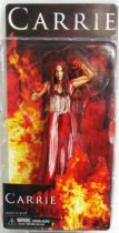 Carrie (2013) - Carrie (bloody) - NECA