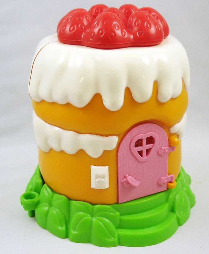 Charlotte aux fraises miniatures play set la maison de for Maison de charlotte aux fraises