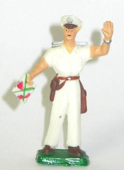 Clairet - sailors - officer with map and arm up