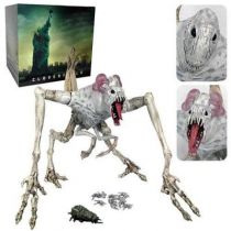 Cloverfield - Hasbro - Cloverfield Monster (14-Inch Electronic Action Figure)