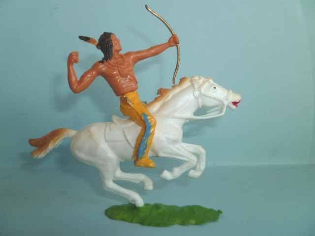 Cofalu plastique démontable 65mm - Western - Indien Cavalier archer