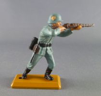 (copie) Britains Deetail - WW2 - German - 1st series Standing firing rifle (helmet sign sand base)