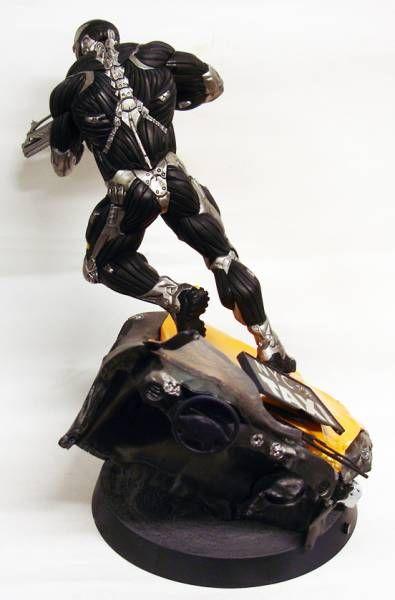 Crysis 2 - Alcatraz - 10\'\' light-up statue - Crytek GmbH