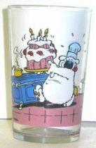 Cubitus with birthday cake mustard glass