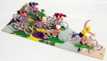 Cyclist (plastic) - Set of 7 racing cyclists