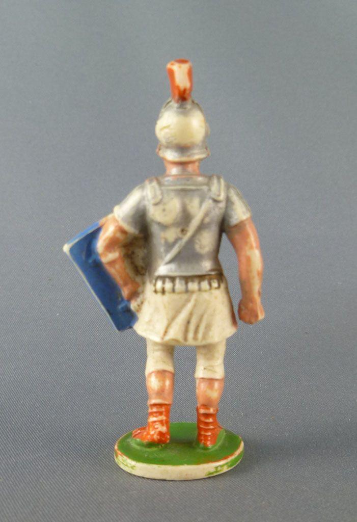 cyrnos___antiquite___romain_bouclier_et_bras_le_long_du_corps_2