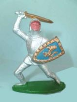 Cyrnos - Middle Age - Knight attacking with sword & shield